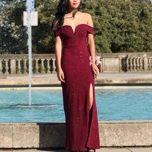 V-Wire Off the Shoulder Glitter Knit Prom Dress